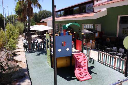 Children's area and patio