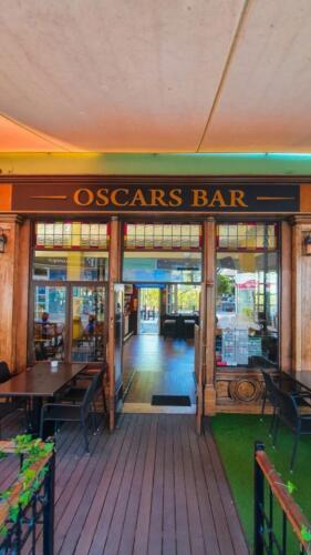 Entrance to Oscars Bar